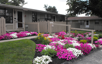Home-sqaure-hawthorne-middletown-002